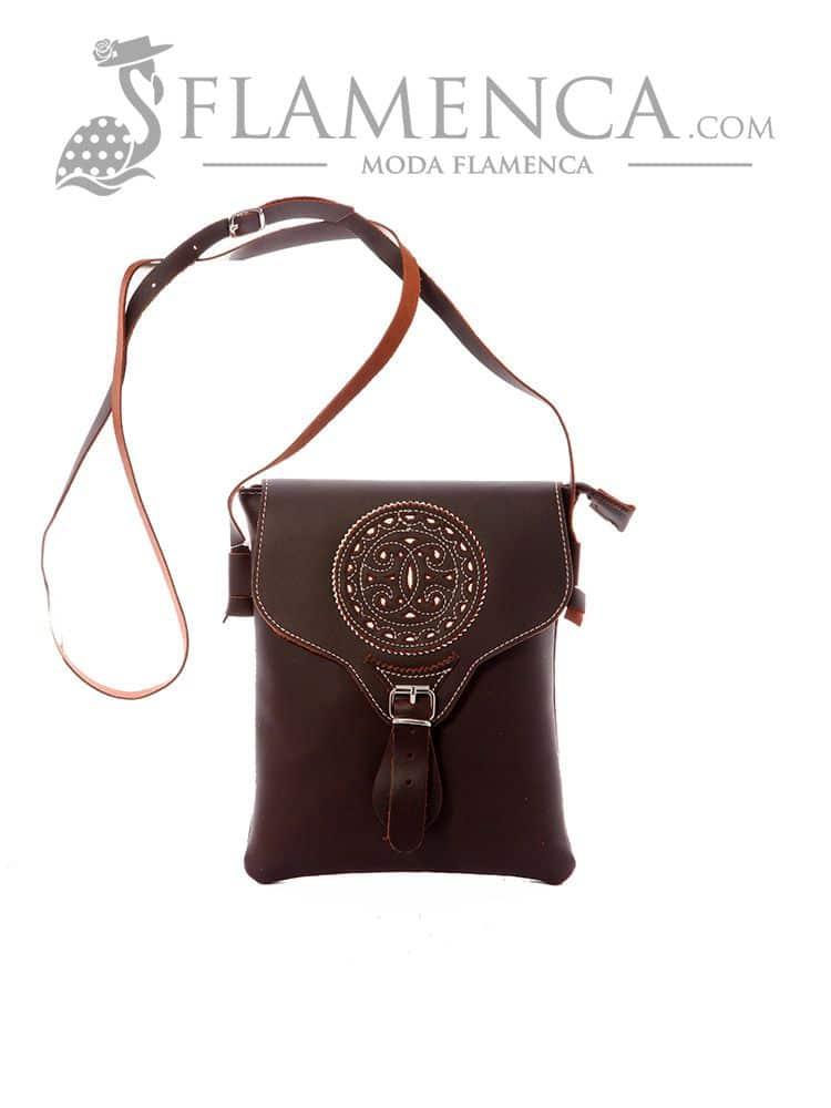 095b12b6e Bolso-bandolera señora piel cruzado marrón fondo blanco   Flamenca