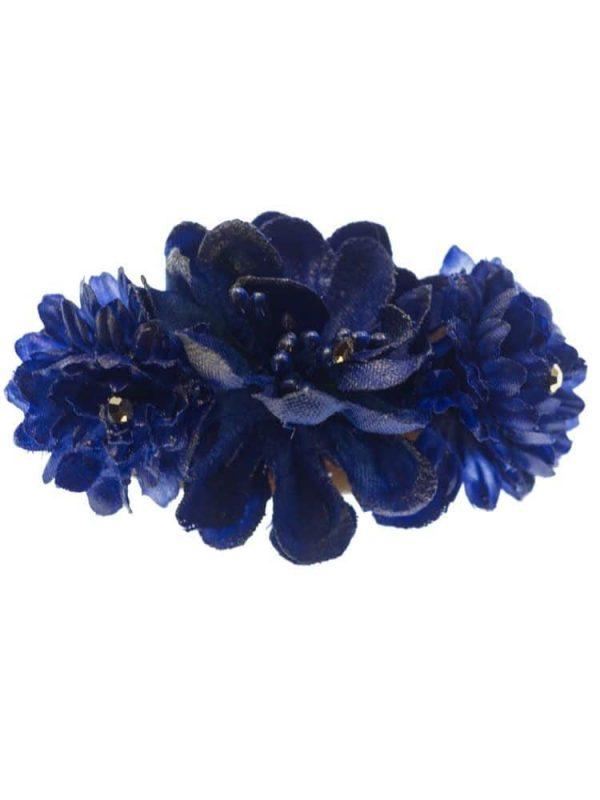 Broche de flamenca con flores de tela azulina con reflejo dorado