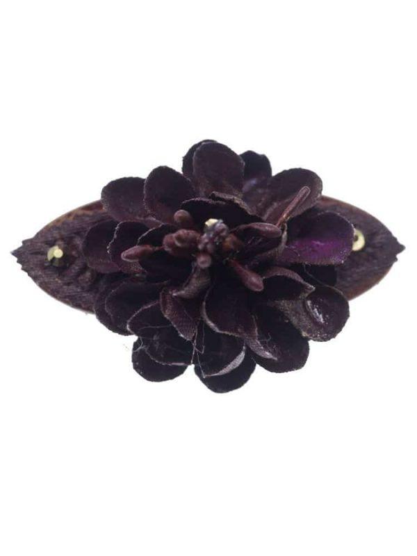 Broche de flamenca con flores de tela morado con reflejo dorado