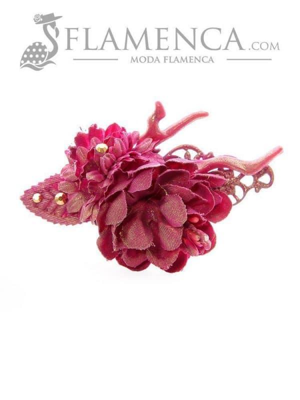 Broche de flamenca de flores de tela cardenal con reflejos oro