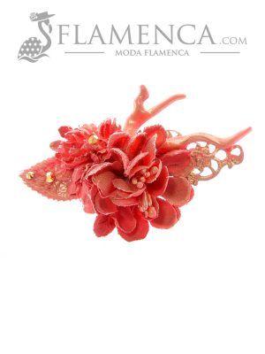 Broche de flamenca de flores de tela maquillaje con reflejos oro