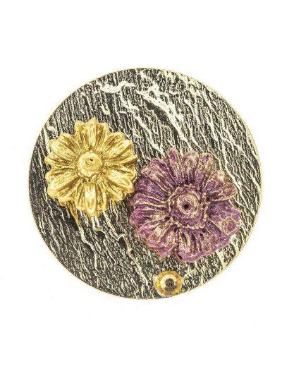 Broche de flamenca de porcelana burdeos y oro con reflejos dorados