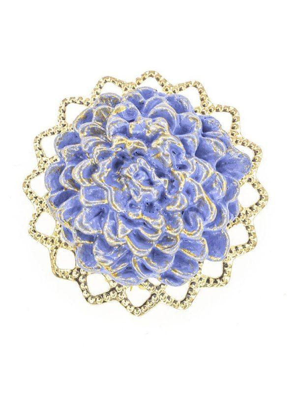 Broche de flamenca de porcelana color azul azafata con reflejos dorados