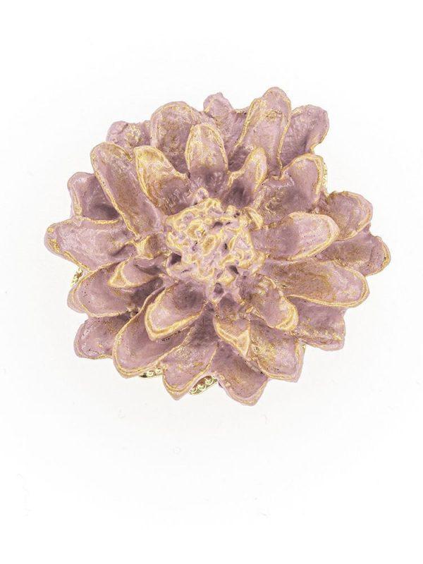 Broche de flamenca de porcelana color malva pastel con reflejos dorados