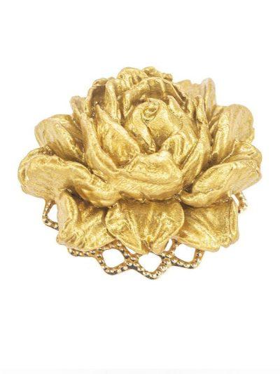 Broche de flamenca de porcelana color oro con reflejos dorados