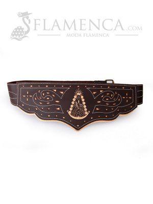 Cinturón fajín de señora en piel picado virgen del rocío marrón engrasado con fondo beige