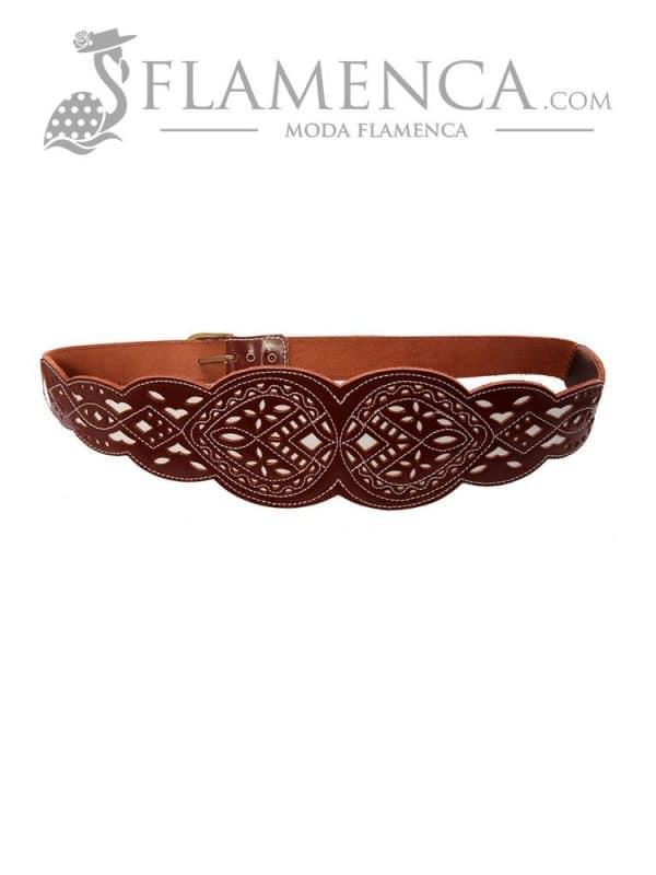 Cinturón fajín señora piel entero picado marrón fondo blanco