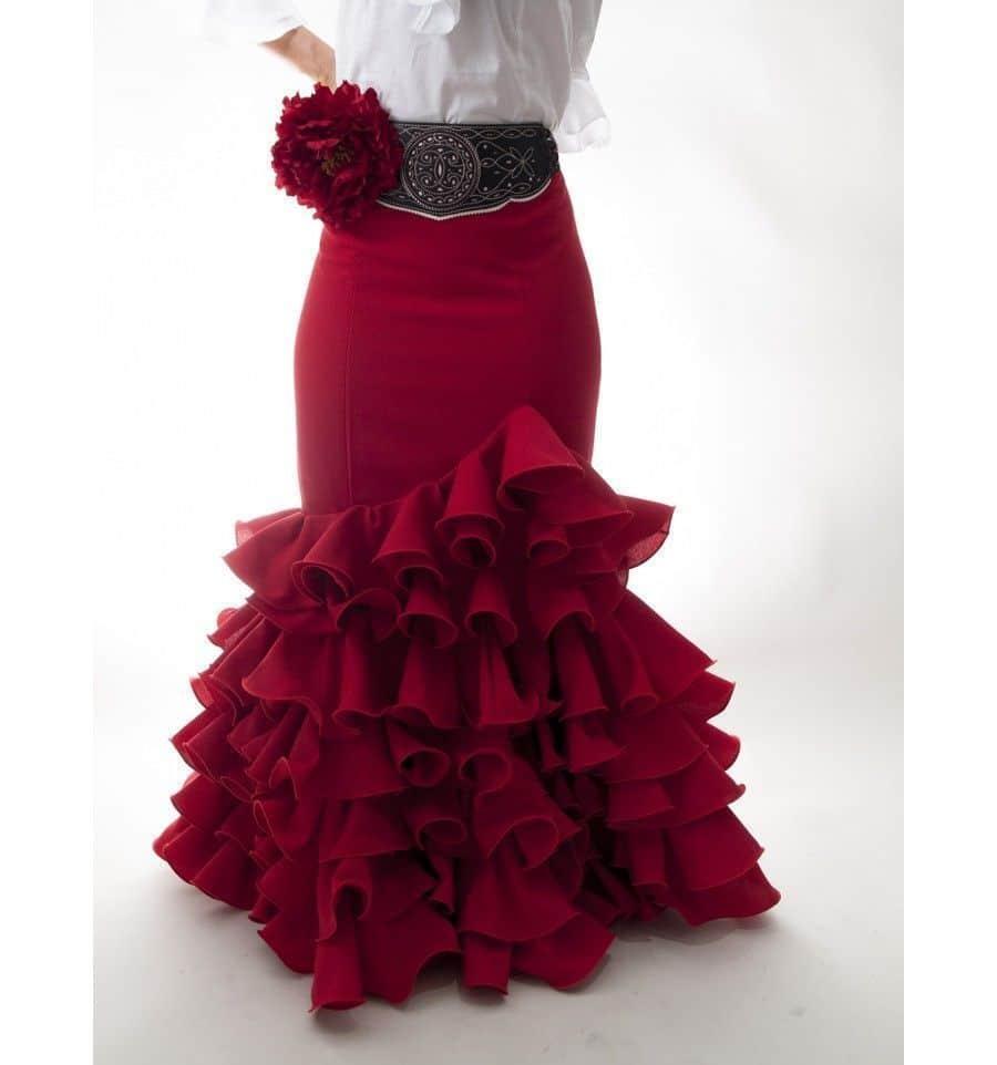 La falda flamenca: ¿Cómo combinarla?