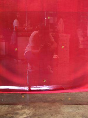 Mampara de cristal templado con cajón 100x70 cm