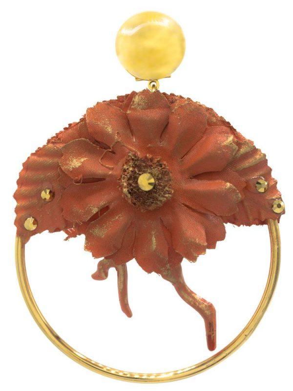 Pendiente de flamenca aro con detalle coral y flor de tela tono coral