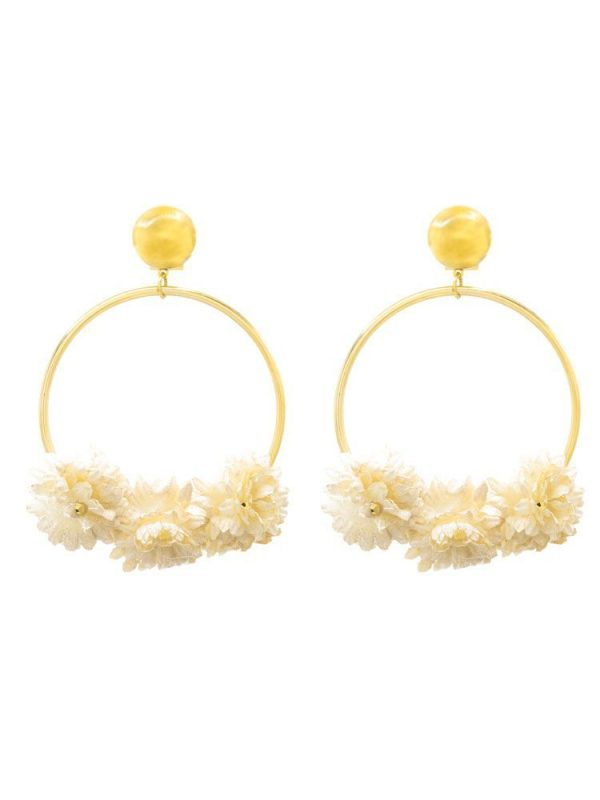 Flamenco gold earring with ivory fabric flower and golden highlights