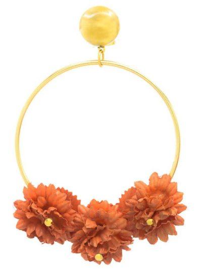 Pendiente de flamenca aro dorado con flor de tela roja y reflejos dorados