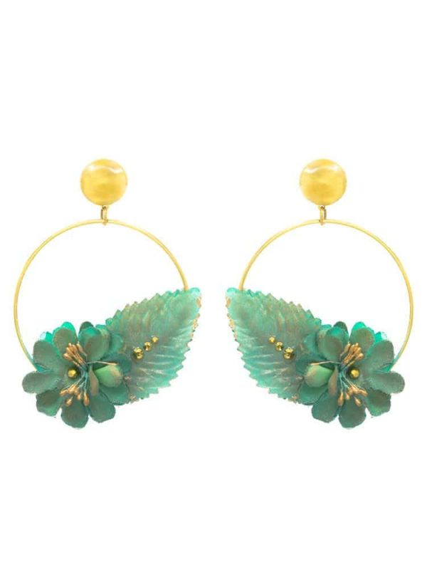 Pendiente de flamenca aro dorado con flor de tela verde agua