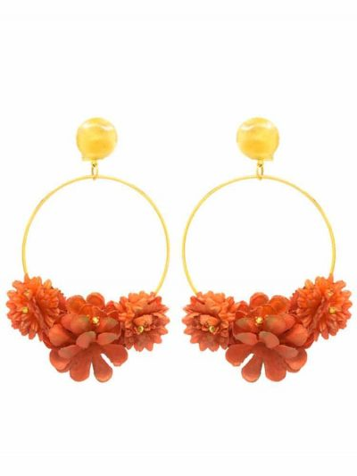 Earring with flowers