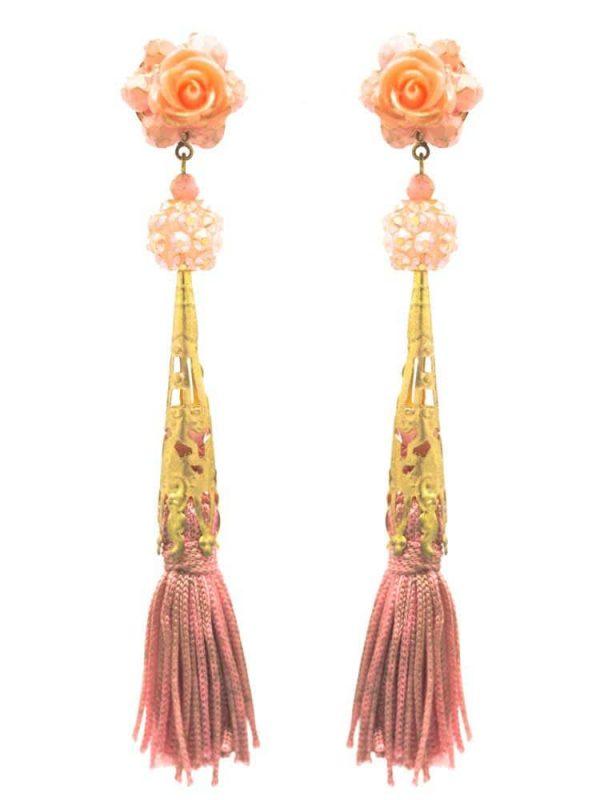Pendiente de flamenca con flecos maquillaje y reflejos dorados