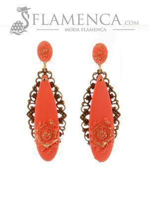 Pendiente de flamenca coral con reflejos oro