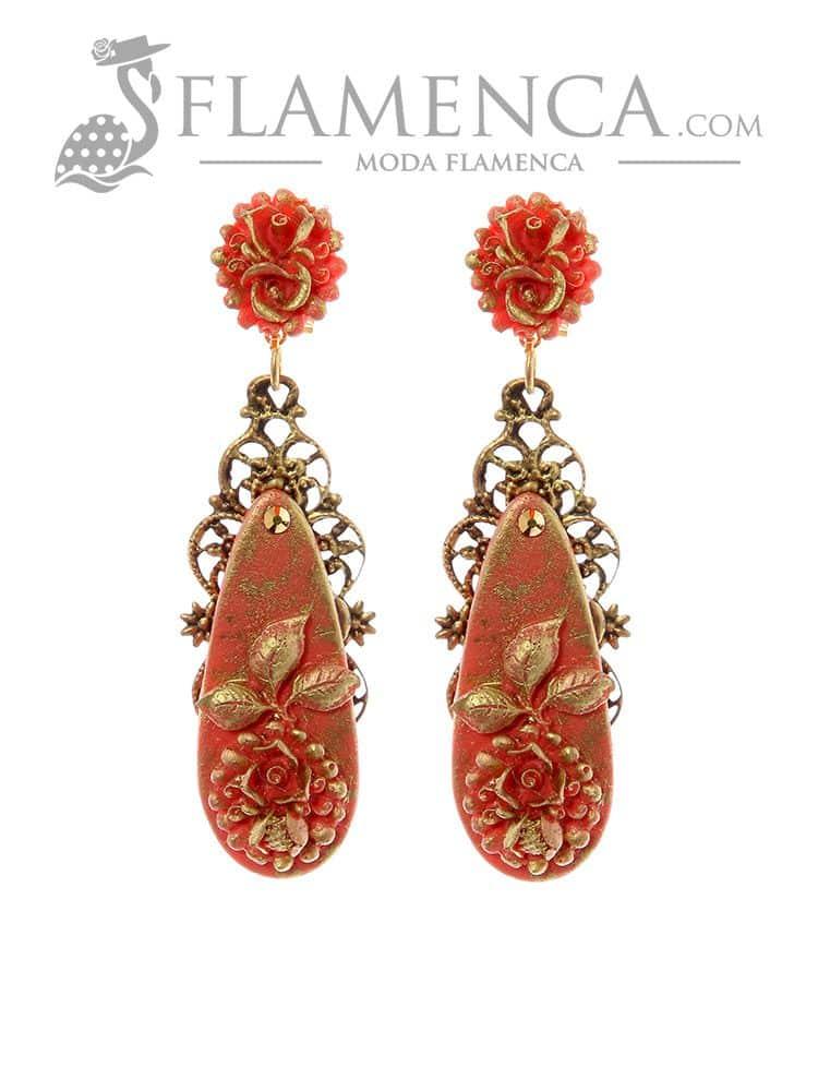 diseñador de moda 51efe 1d17c Pendiente de flamenca coral con reflejos oro