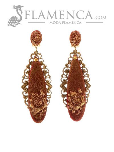 Burgundy flamenco earring with gold reflection