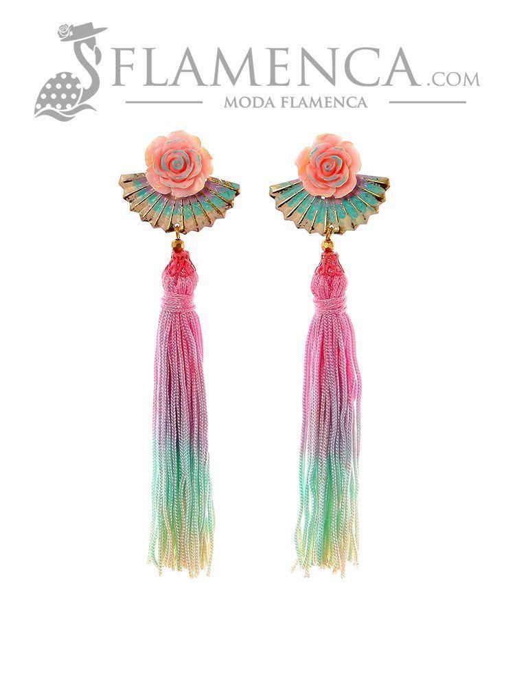 5ad7505bd9c9 Pendiente de flamenca de flecos multicolor pastel