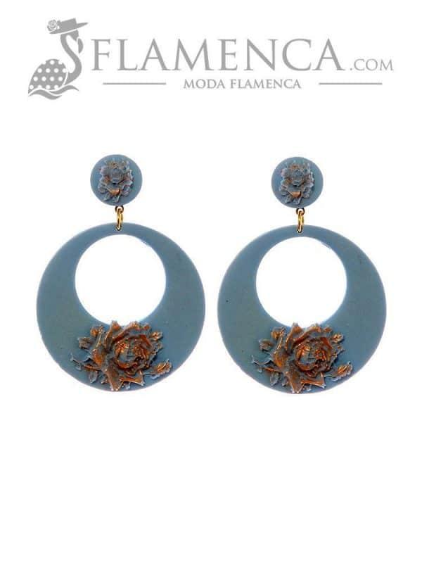 Pendiente de flamenca de flores azul ducado con reflejos oro