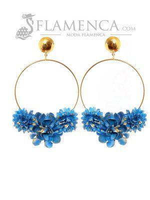 Pendiente de flamenca de flores azulina y reflejos oro
