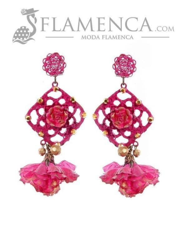 Pendiente de flamenca de flores buganvilla con reflejos oro