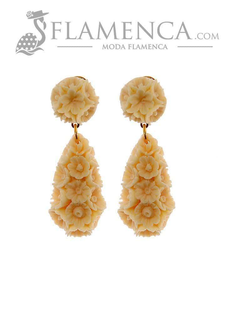 1fc553254 Pendiente de flamenca de flores marfil | Flamenca - Moda flamenca