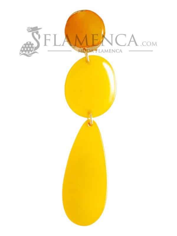 Pendiente de flamenca de resina cristal yema