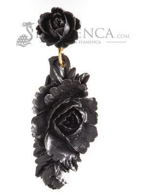 Black resin flamenco earring