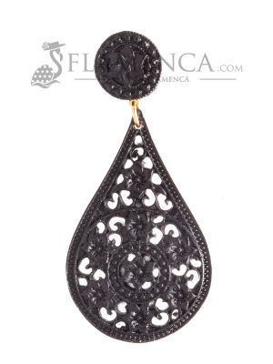 Black resin flamenca earring