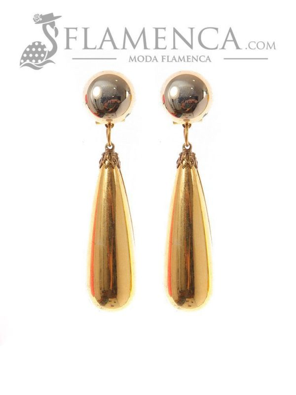 Gold flamenca earring