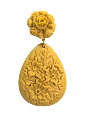 Floral flamenco earring in camel resin
