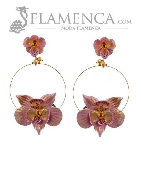 Pendiente de flamenca malva con reflejos oro
