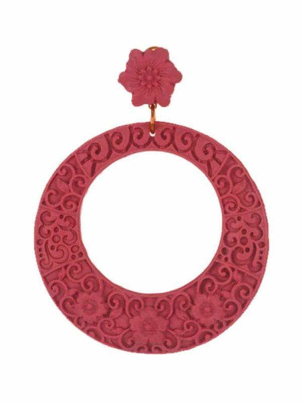 Pendiente de flamenca resina en forma de aro con filigrana coral
