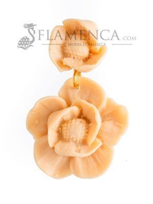 Beig resin flamenco earrings