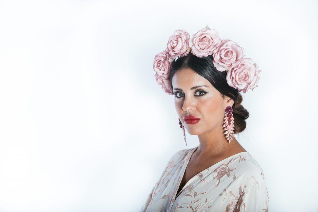 Ponte guapa con nuestras flores de flamenca
