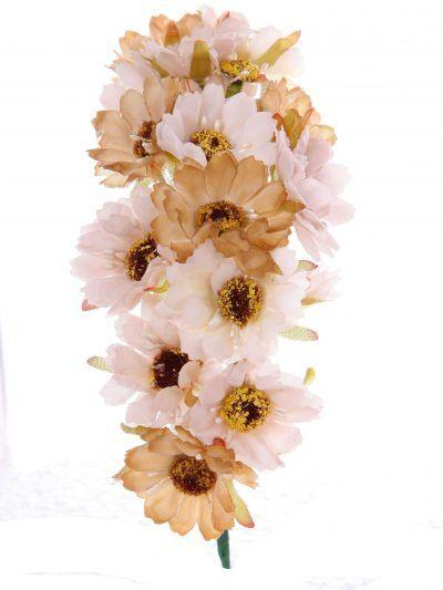 Tiara de flamenca en tonos marfil dorado y crema
