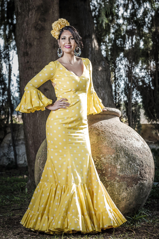 b9c32ca9c9 Traje de flamenca Daisy -     Moda flamenca