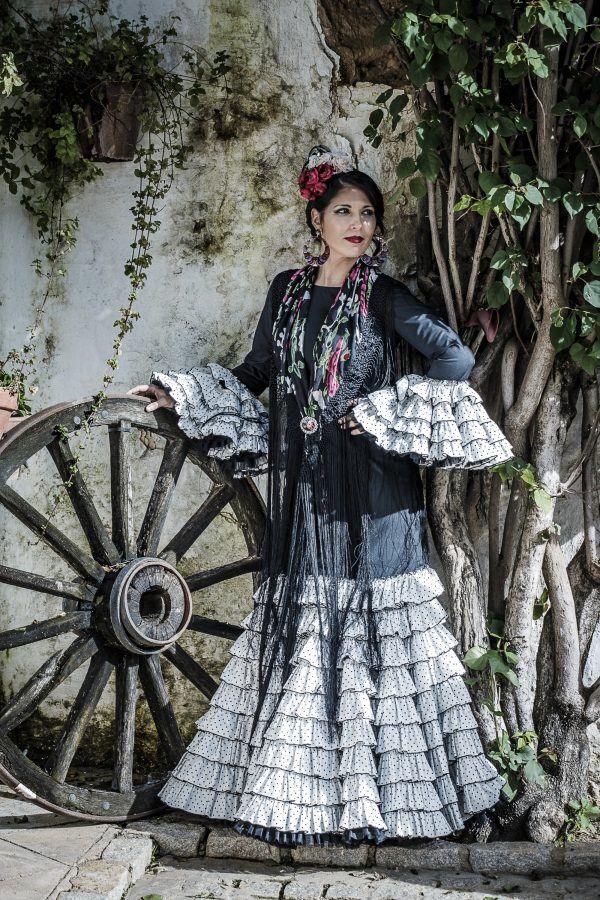 Traje de flamenca Trinitaria